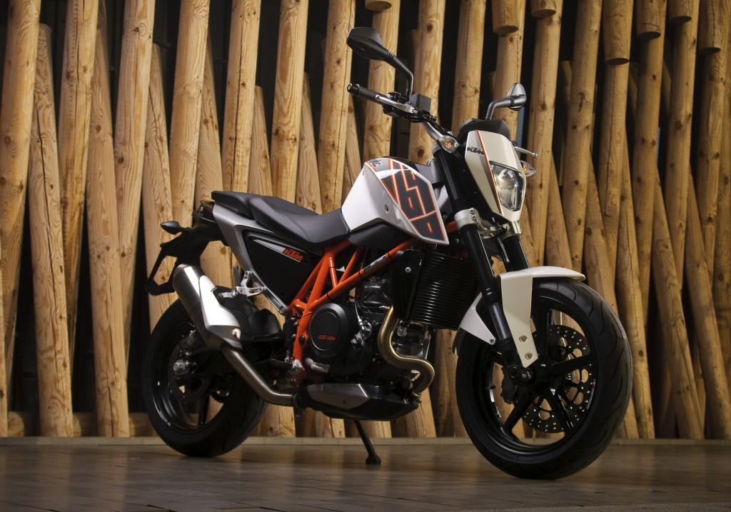 KTM och Kawasaki provkörning